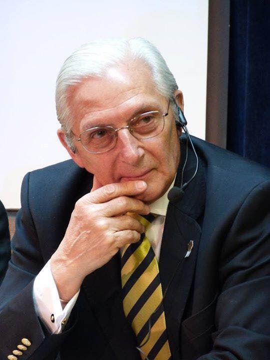 Dr. Emilio Vázquez Viera